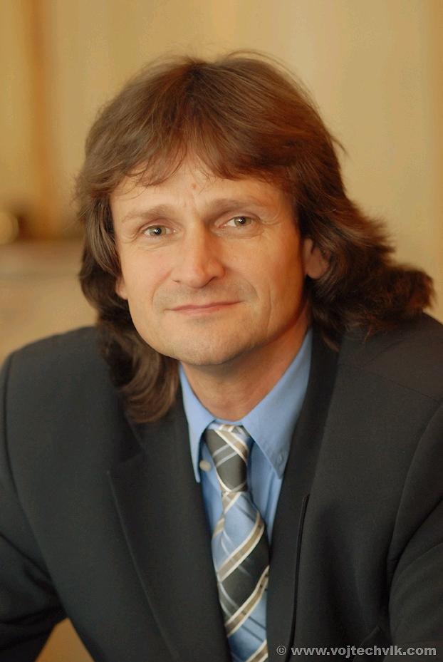 Děkan NF Miroslav Ševčík